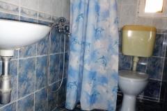 Apartment-1-Bathroom