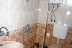 Double-Room-4-Bathroom