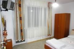Family-Room-1_6