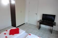 Apartment-Bedroom-4