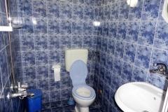 Studio-1-Bathroom